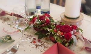 Gasthof Brunnlechner Tischdekoration Hochzeitfeier